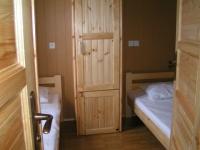Petite chambre deux lits